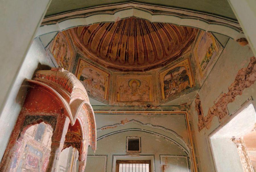 Interior shot looking up into the restored dome of Six Senses Fort Barwara.